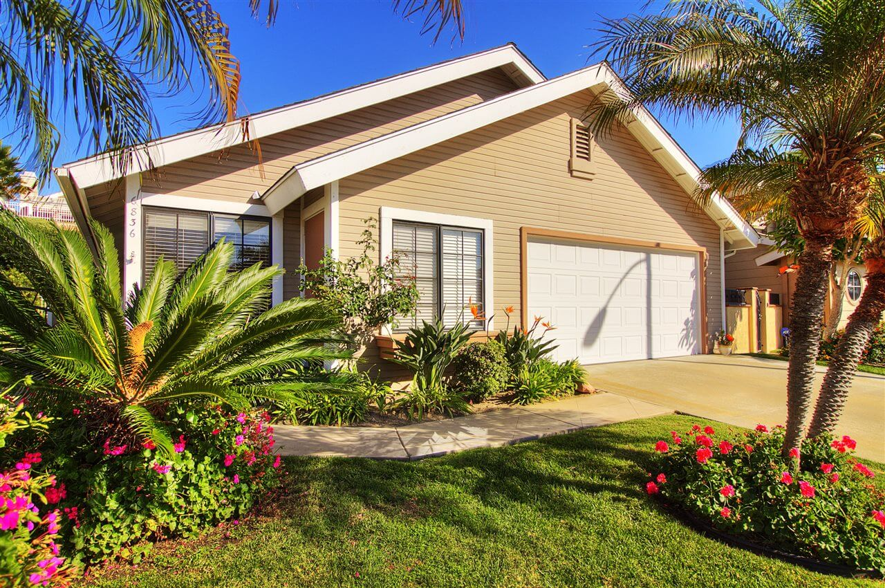 Carlsbad Home in Harbor Pointe